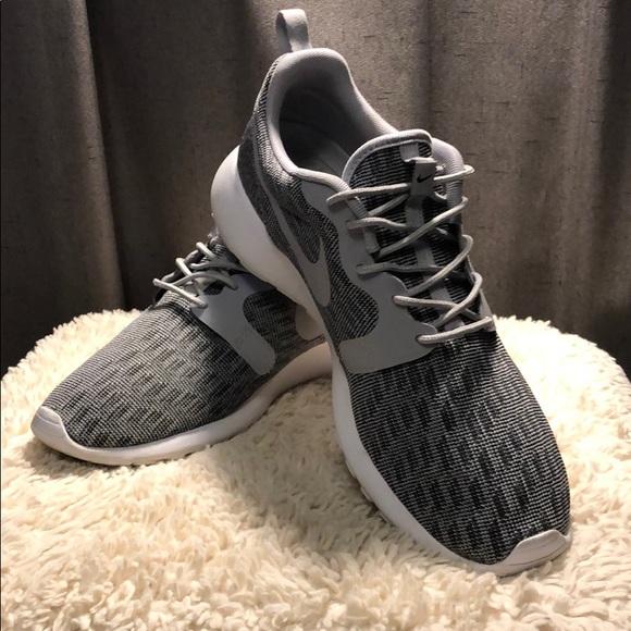Sufijo pobreza Kilimanjaro  Nike Shoes | Roshe One Kjcrd | Poshmark